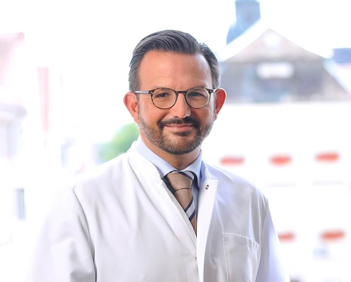 Dr. Christian W. Lübbers